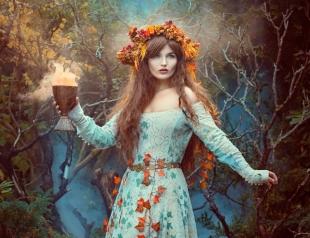 Ивана Купала 2018: символика венка и папоротника, традиции пускания венка на воду в Купальскую ночь