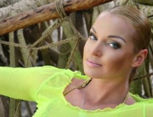 Анастасия Волочкова стала жертвой обезьян