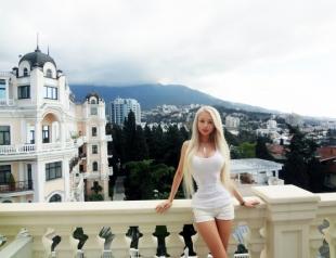 Барби из Одессы выложила в Сеть свою новую песню