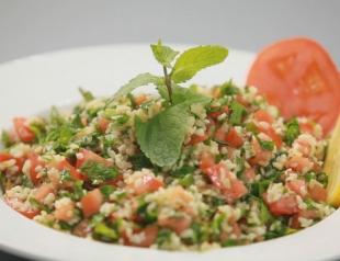 "Ливанский салат с булгуром ""Табуле"". Видео-рецепт"