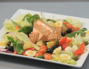 "Французский салат ""Никасия"". Видео-рецепт"