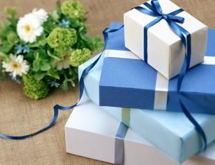 Как оригинально упаковать подарок к Новому году