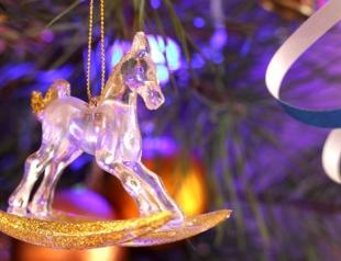 Как украсить дом к Новому году Лошади