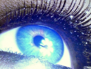 Новогодний макияж глаз: smoky eyes