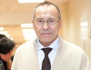 Андрей Кончаловский снова приступил к работе после аварии