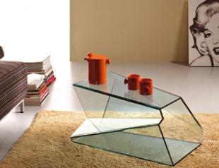 Карим Рашид представил коллекцию стеклянных столов