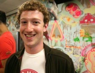 Марк Цукерберг стал богаче основателей Google