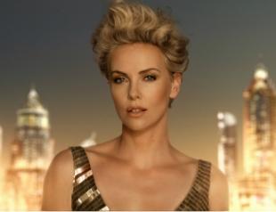 Шарлиз Терон представила юбилейную кампанию J'adore Dior
