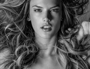 Обнаженные Ангелы Victoria's Secret украсили страницы фотокниги