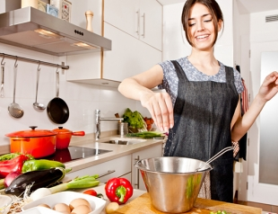Как похудеть на кухне: 5 правил полезной готовки