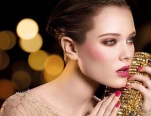 Как выбрать макияж на Новый год: 3 варианта для разных ситуаций