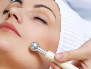 Как увлажнить кожу в салоне: процедура ионофореза