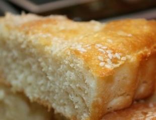 Смачні традиції від ТМ «Слов'яночка»: пиріг на кефірі та сирна запіканка
