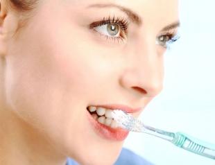 Как правильно чистить зубы: 8 главных ошибок