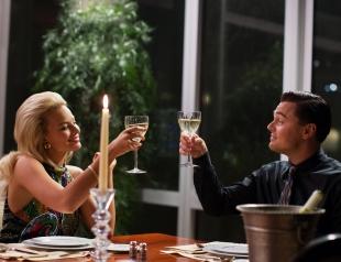 Как пьют шампанское в кино