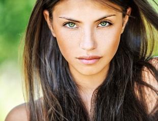 Летний уход за волосами: правила и нюансы