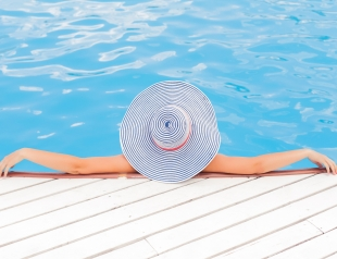 Загораем осторожно: как лечить солнечные ожоги