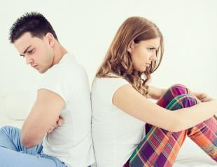 Язык болтает, а голова не знает: модели поведения, которые портят отношения с мужчиной