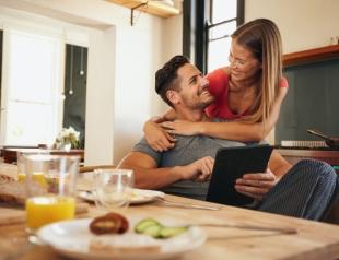 Как сделать приятный сюрприз своему мужчине: нескучные отношения