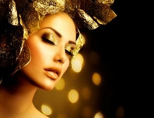 Как сделать золотой макияж. Фотогалерея