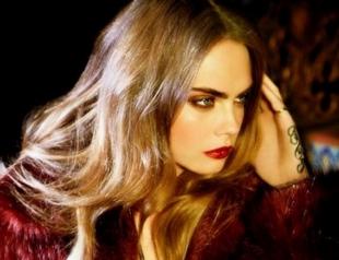 Кара Делевинь в стиле глэм-рок: модель снялась для бразильского бренда BO.BO