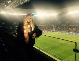 После аншлага во Львове LOBODA с Дарио Срна отправилась на футбол