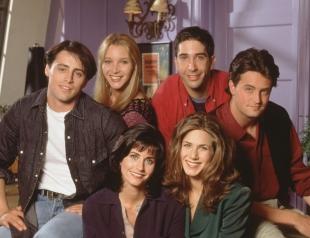 """10 лет счастья: актеры сериала """"Друзья"""" рассказали, как им удавалось изображать близких людей"""