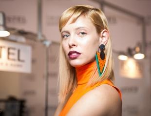 Закулисье UFW: модные украшения, макияж, прически