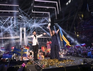 Джамала привезет с Евровидения 2016 сразу несколько наград: фото победительницы