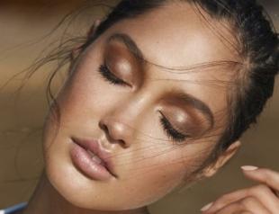 Как правильно пользоваться бронзером для лица: фото- и видеоинструкция