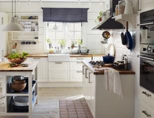 Дизайн маленьких кухонь: полезные советы (фото 30+)
