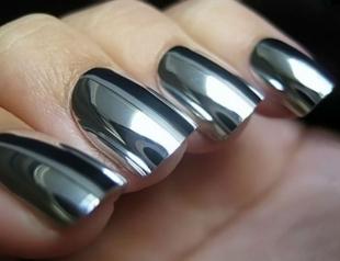 Зеркальный маникюр: как сделать модный дизайн ногтей в домашних условиях (видео)