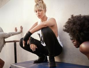 """Бейонсе выпустила коллекцию одежды по мотивам альбома """"Lemonad"""""""