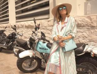 Беременная Ксения Собчак похвасталась стильной вышиванкой украинского дизайнера