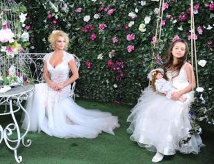 Анастасия Волочкова шокировала поклонников подробностями беременности в день рождения дочери