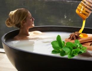 Что добавлять в ванну, чтобы сделать процедуру полезной: 6 рецептов для красоты и здоровья