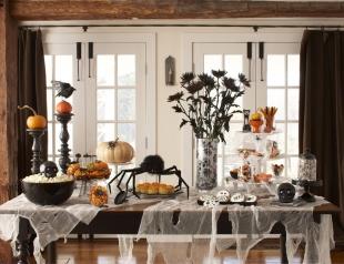 Идеи декора праздничного стола к Хэллоуину: красиво, устрашающе и оригинально