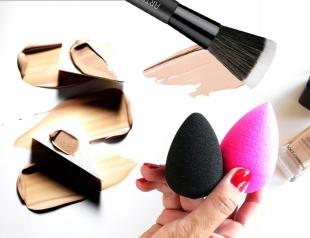 Чем накраситься: бьюти-блендер, спонжик или кисть?