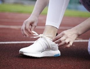 Adidas by Stella McCartney: бренд презентовал кроссовки из океанического пластика