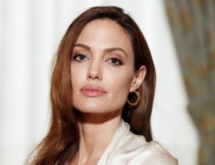 """Анджелина Джоли рассказала об отношении к возрасту: """"Я не боюсь стареть"""""""