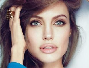 Анджелина Джоли заметно похорошела после развода: свежие фото помолодевшей актрисы