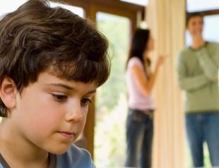Почему нельзя сохранять брак ради детей: основные причины