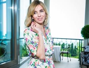 Бывшая жена Федора Бондарчука покорила бесконечными ногами на отдыхе (ФОТО)