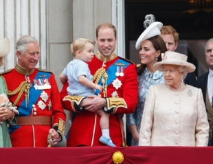 Принц Уильям ругается с королевой из-за беременной Кейт Миддлтон: герцогиня не хочет исполнять королевские обязанности