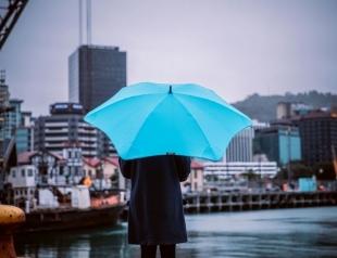 Обеспечьте себе хорошее настроение, когда идёт дождь: выбираем прочный зонт