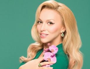 Вот это живот: Оля Полякова заинтриговала беременным ФОТО