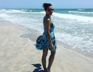 Когда есть, что показать: Лилия Подкопаева в крошечном бикини зажгла на пляже во Флориде