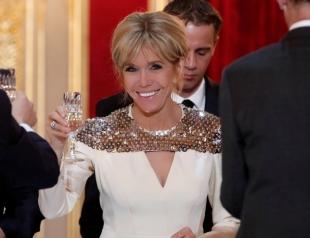 Бриджит Макрон в белом платье стала звездой на ужине с герцогом и герцогиней Люксембургскими
