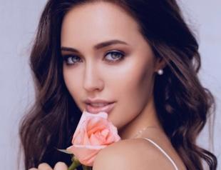 Фанаты сравнили Анастасию Костенко с Анджелиной Джоли (ГОЛОСОВАНИЕ)