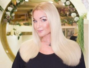 Свадьба отменяется? Анастасия Волочкова рассталась с бойфрендом